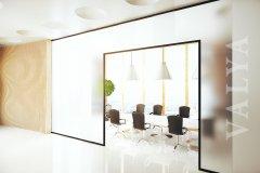 glass_show_max.8.jpg